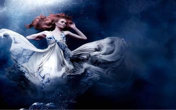 elegant-underwater-girl-89556